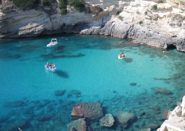 Best-beaches-in Puglia-Castro